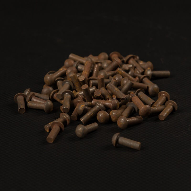 Rivets fer tête ronde 4x12mm - 100 pièces
