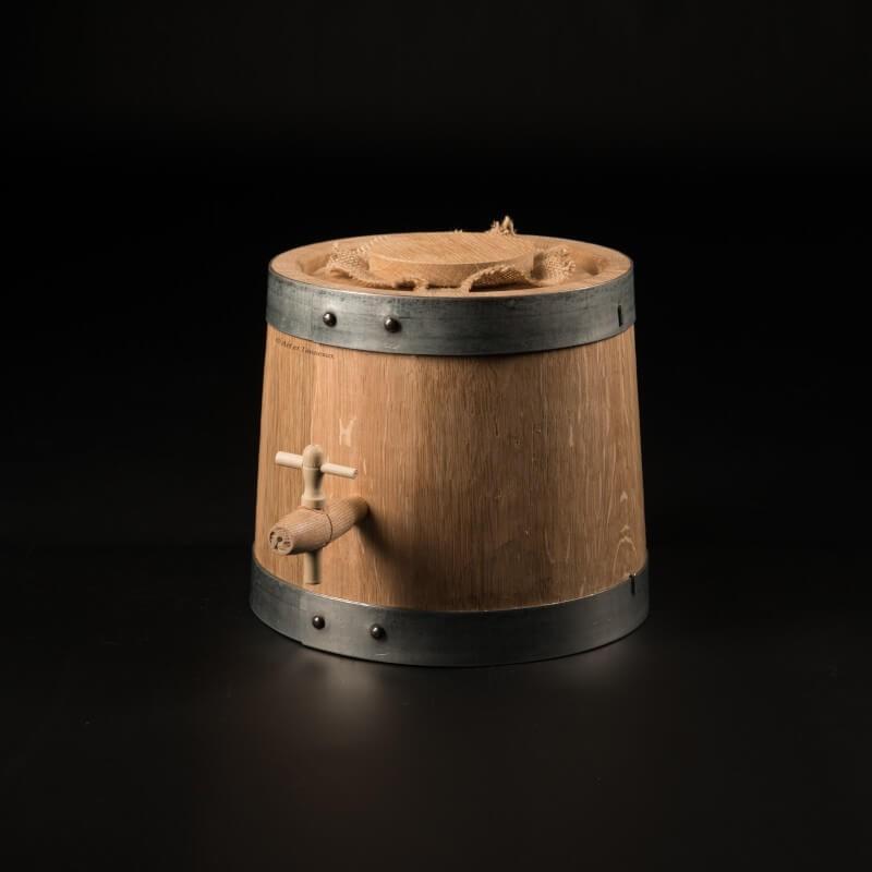 Vinaigrier chêne 3 litres + accessoires